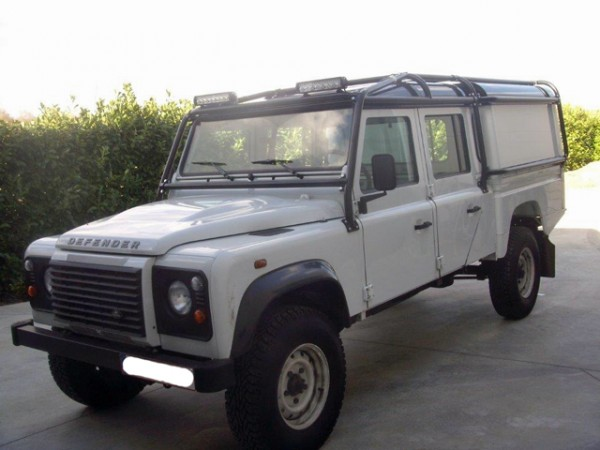 Safety Devices Überrollkäfig Full External, für den Land Rover Defender  130 Crew Cab mit Tembo4x4-Hard Top (RBL258 7SSS)
