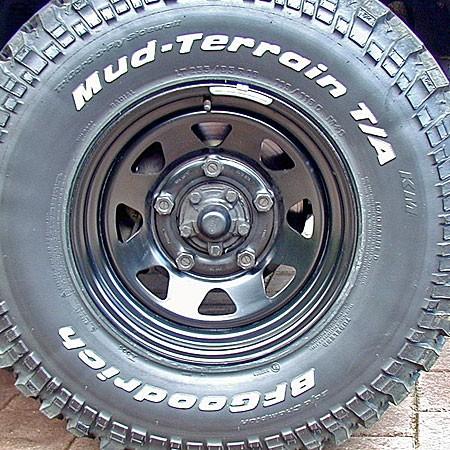 Dotz Dakar Stahlfelge 7x16 schwarz Land Rover Defender