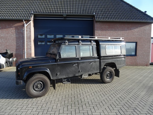 Tembo4x4 Dachgepäckträger schwarz beschichtet für Land Rover Defender 130 Crew Cab mit Tembo4x4 Hardtop Fahrzeuglänge