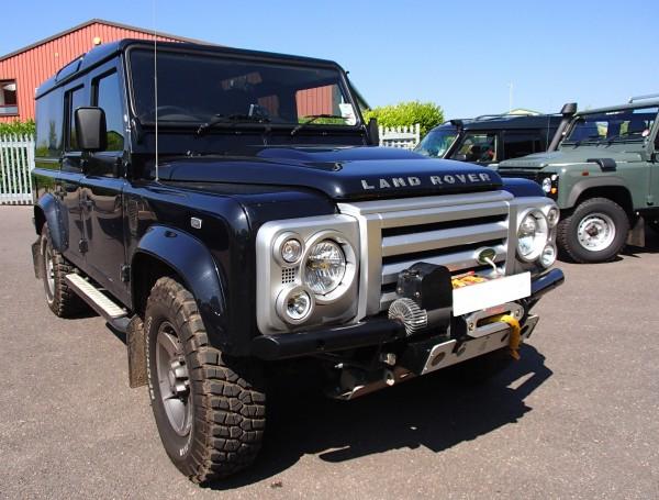 Shadow Tubular Seilwinden-Stoßstange Extended für Land Rover Defender mit Klimaanlage