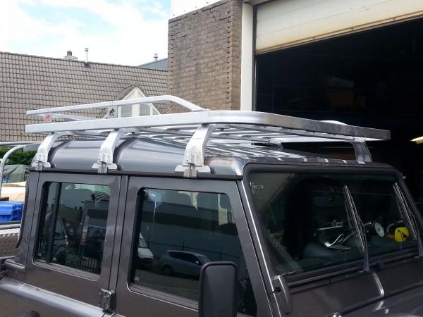 Tembo4x4 Dachgepäckträger schwarz beschichtet Land Rover Defender 110 + 130 Crew Cab - Symbolbild